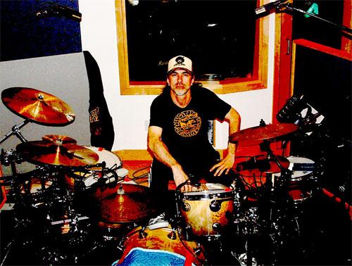 AL3 : Powerman 5000's Drummer In Revolt : Modern Drummer