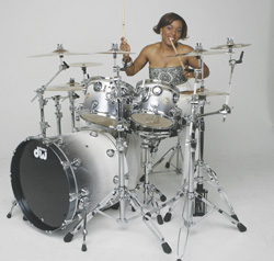 Cora Coleman-Dunham : Modern Drummer