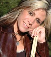 Antigone Rising's Dena Tauriello : Modern Drummer