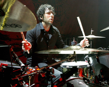 Tony Palermo of Papa Roach : Modern Drummer