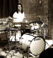 Zach Eichenhorn of Adam's Castle : Modern Drummer