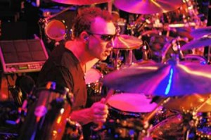 Stephen Perkins of Jane's Addiction : Modern Drummer