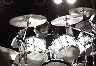 Steve Birkett of AVM : Modern Drummer