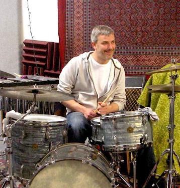 Dave Brandt of The Echo Falls : Modern Drummer
