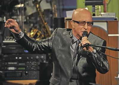 Paul Shaffer : Modern Drummer
