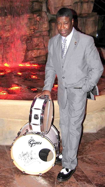 Clarence Alonzo Oliver of Sugar Hill : Modern Drummer