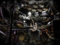 <b>Yael: DrumAddict</b>