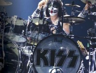 Eric Singer: Just Being Himself