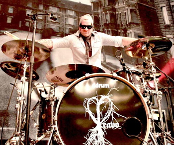 Chad LaRoy of Cavo : Modern Drummer