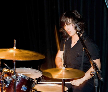 Laura Petracca of Hunter Valentine : Modern Drummer