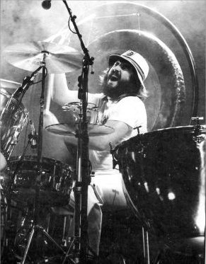 John Bonham of Led Zeppelin : Modern Drummer