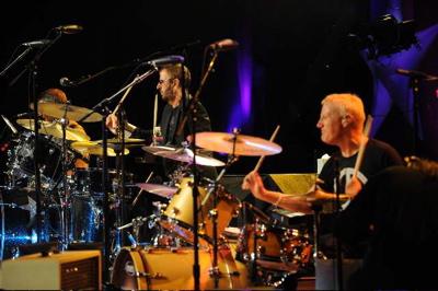 Gregg Bissonette and Ringo Starr : Modern Drummer