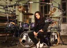 Watch this video of Aquiles Priester at MD Fest 2011.