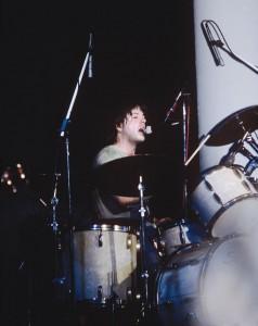 Grant Hart at the drumkit