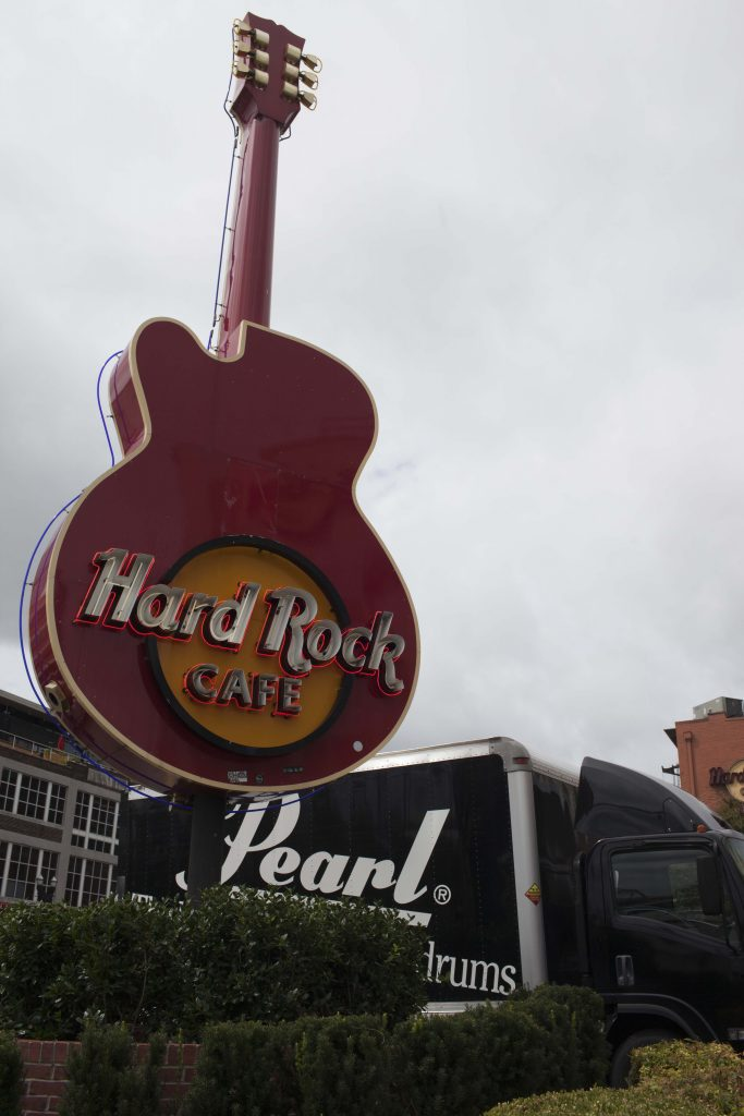 Hard Rock Cafe Pearl Drums