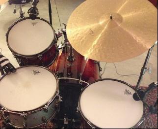 In The Studio Toms
