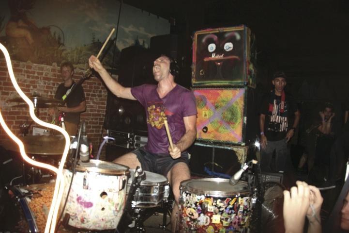brian chippendale modern drummer magazine