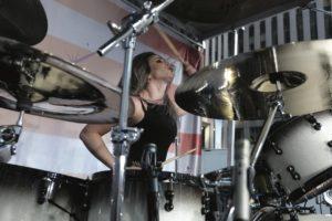 Jen Ledger Drummer | Modern Drummer Archive
