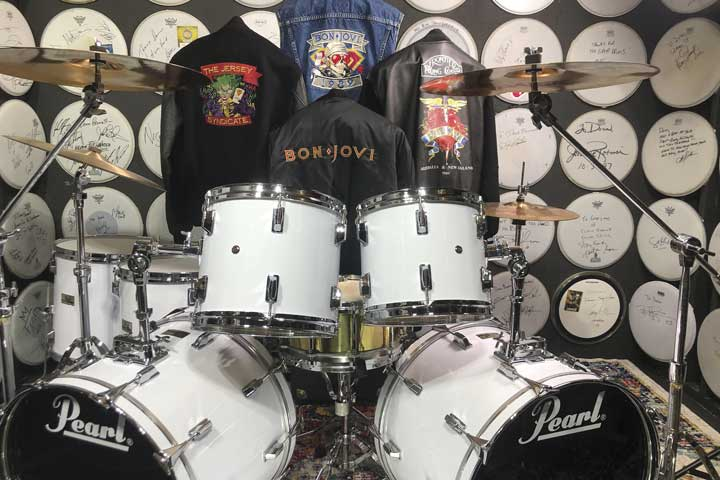 Tico Torres' fully restored 1984 Pearl All Maple drum set. Restoration by Chris Hankins.