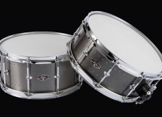The Craviotto Drum Company's new Solitaire snare drums feature a price point geared toward providing working drummers with a handmade metal shell instrument. Solitaire snares feature a thin-wall, aero-grade aluminum shell that's cast and rolled in the USA and is said to provide strength, warmth, clarity, and substantial body with enhanced mid-range projection....