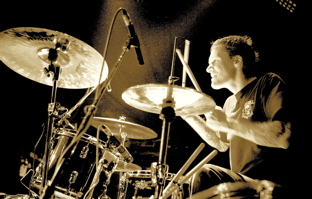Aaron Solowoniuk of Billy Talent Tour Blog