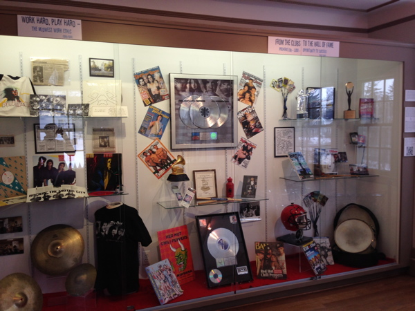 """RHCP's Chad Smith Featured in """"Sounds Of Birmingham: A Community Of Music"""" Exhibit"""