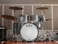 <b>Dunnett Classic Drums: Titanium Drumset</b>