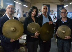 Istanbul Mehmet has announced the introduction of a much-anticipated set of cymbals created in tribute to legendary jazz drummer Tony Williams. Created as faithful replicas of the cymbals Williams used on the recordings with the '60s-era Miles Davis Quintet, these new versions will be made available initially as limited edition sets....