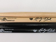 <b>Los Cabos Updates Randy Black Signature Stick</b>
