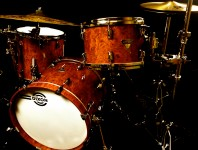 <b>Product Close-Up: Dixon Artisan Select Drumset</b>