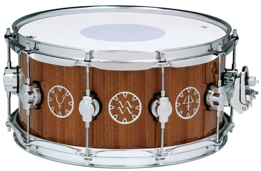 "DW Performance series ""Time Machine"" snare"