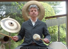 Hi MD readers. This is Peter Ulrich, former drums/percussion for Dead Can Dance, and currently with the Peter Ulrich Collaboration...
