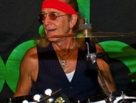 <b>Foghat's Roger Earl To Be Inducted Into The Blues Hall Of Fame</b>