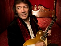 Steve Hackett Re-Revisits Genesis