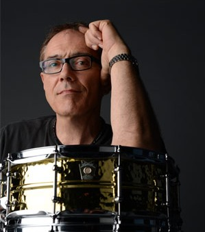 <b>Vinnie Colaiuta Officially Joins Ludwig</b>