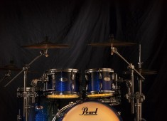 Pearl has partnered with DrumLite to begin sole distribution of its LED-banded drumset lighting systems in the USA. A business that began between college roommates and drummers Joey Nesbitt and Jeff Sevaldson, DrumLite's innovative single drum and drumset lighting packages have garnered a strong following among players of all visibility levels....
