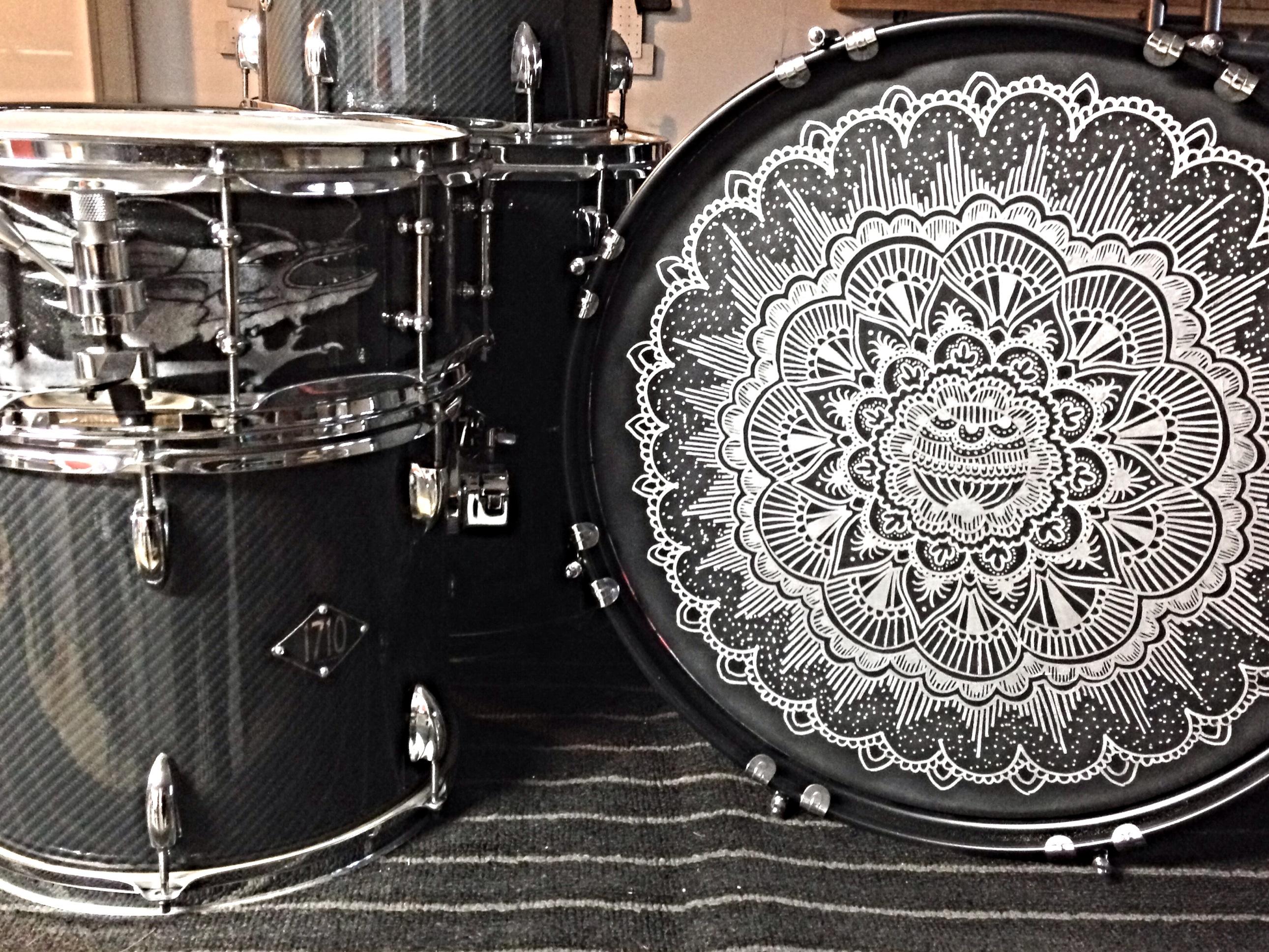 acrylic customz creates custom bass drum heads of any size modern drummer magazine. Black Bedroom Furniture Sets. Home Design Ideas