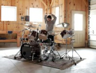 <b>Jon Fishman Trains for Phish's Summer Tour</b>