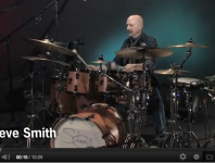<b>Steve Smith Solo Dedicated to Vic Firth (Video)</b>